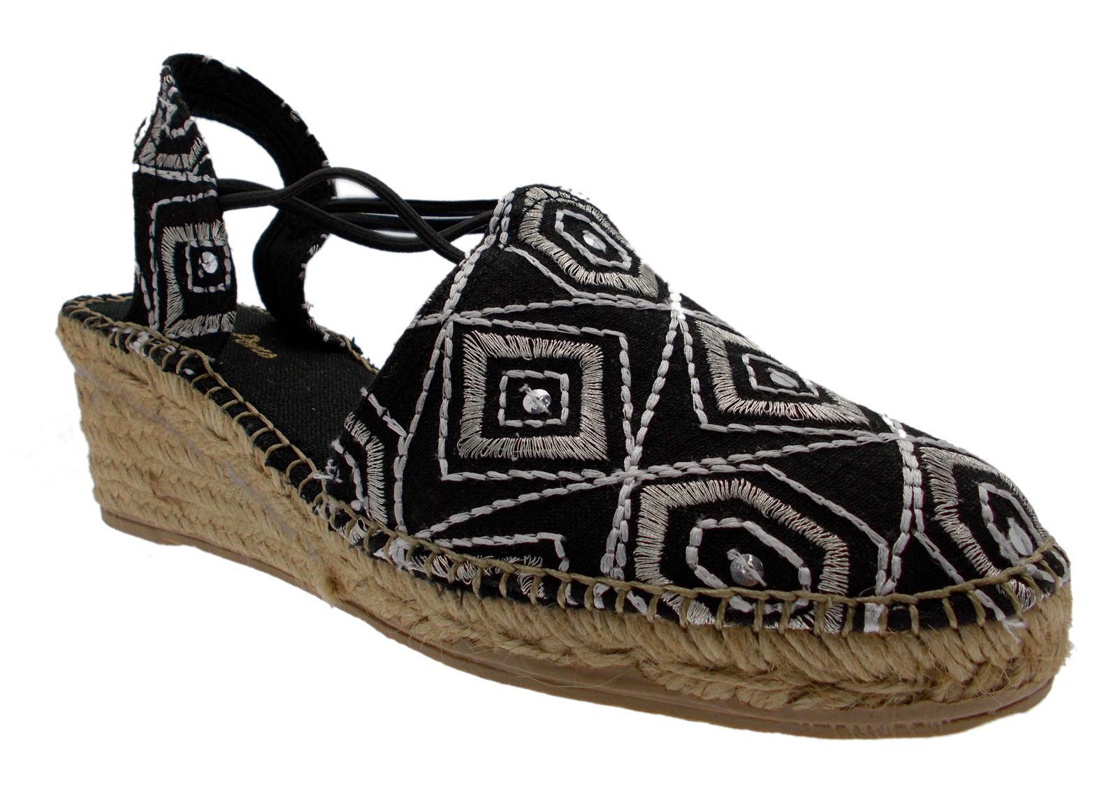 CAFè pantofola NOIR GH909 Sandali donna pantofola CAFè due fasce incrociate con borchie argento 235558